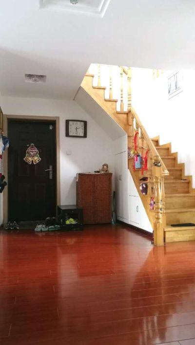 东方明珠四村 楼上楼下大户型210平米 精装修 诚意出售看房方便