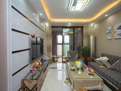 绿地二期 复式三层 豪装 7室3厅 品牌家居设施齐全