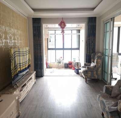 秀山湖壹号精装三室拎包入住临近东站送车位满五唯一