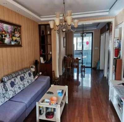 东方明珠三村豪装5楼 离2中很近 3室朝南满5唯一无  税房