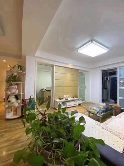 康乐家园,七中师苑旁,精装三房,拎包入住景观楼层,满两年税少