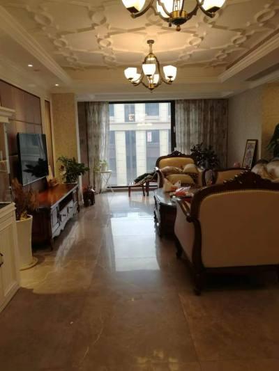春晖悦府洋房,家装暖气,空调,净水系统。拎包入住