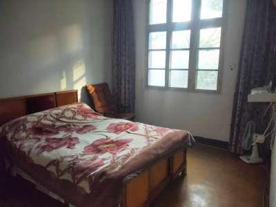 大北庄 此房是3楼,金鹰商圈,楼层好,价格便宜 三室格局正